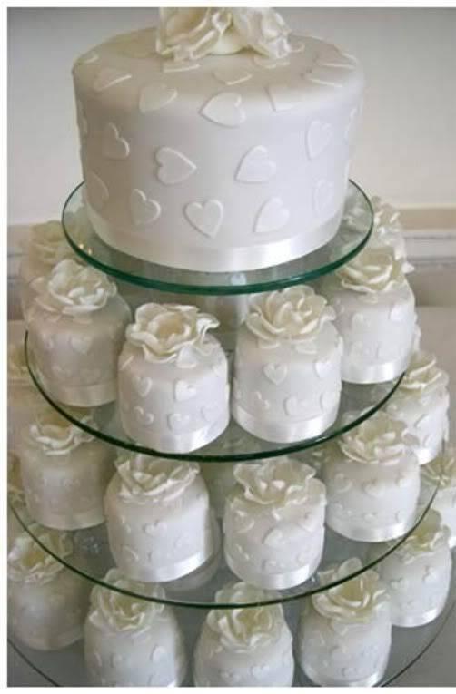 Mini Wedding Cake - Wedding Photography