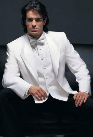 white-tie-wedding-Tuxedo-376x550