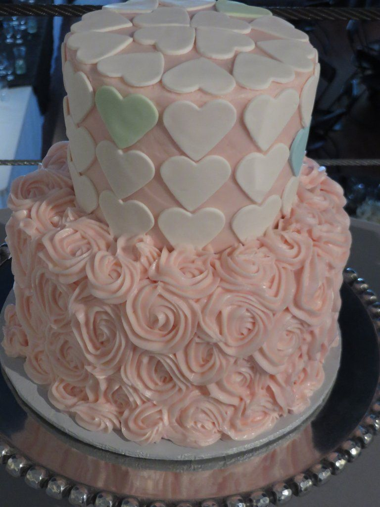 Darling cake!  Joni from Sweet Creations....