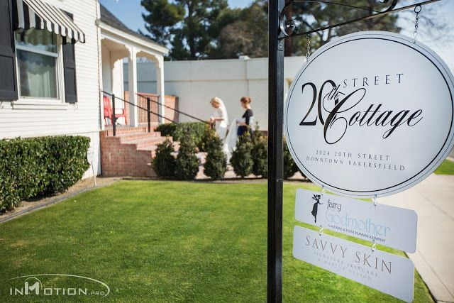 bride getting ready, wedding photography, california weddings, bakersfield wedding cinema, inmotion_0808