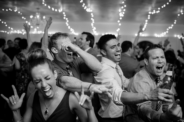 wedding-guests-partying