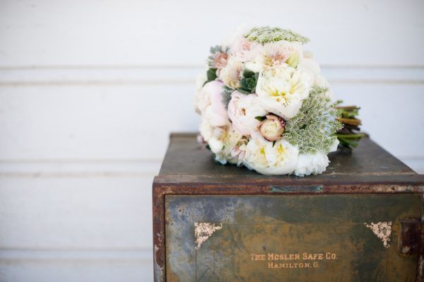 Florals by House of Flowers. Photography by Shelli Renee.