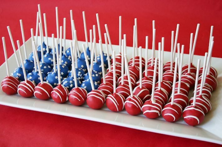 patriotic-wedding-ideas-cake-alternatives-wedding-cake-pops__full
