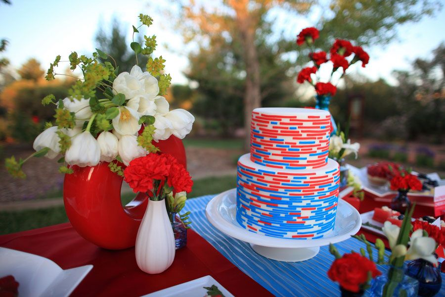 Red_White_Blue_Wedding_Snowcones_Photo_Love_Stories_13-h