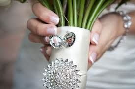 FG bouquet with locket