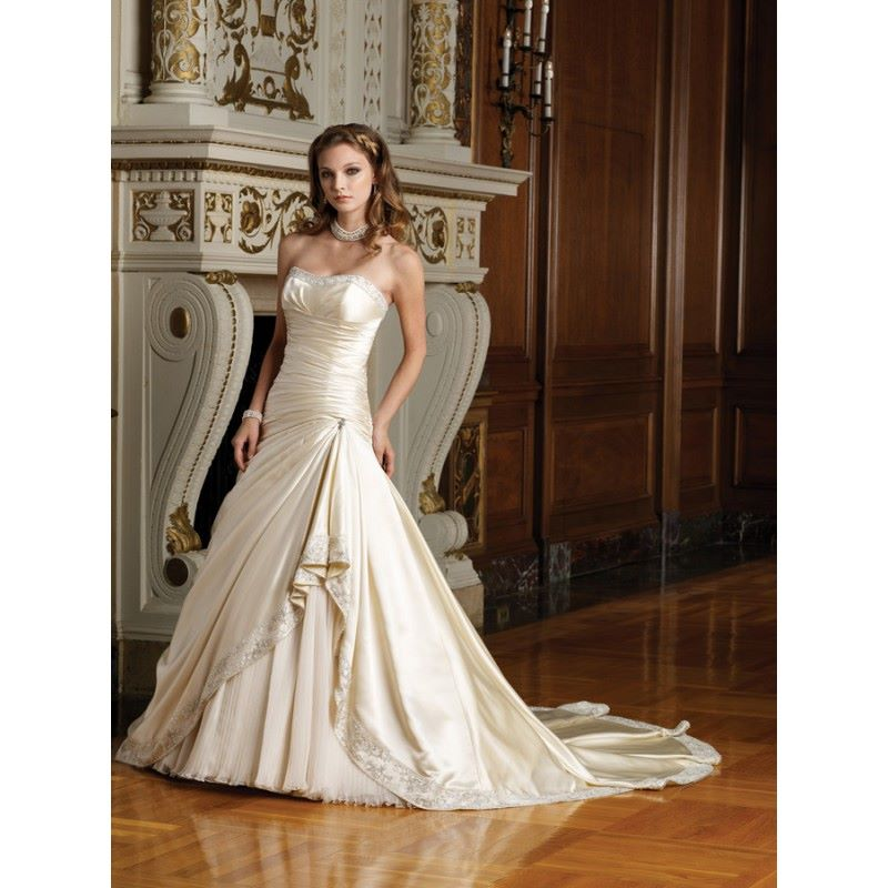 royal-weddings-champagne-colored-bridal-gown-luxury