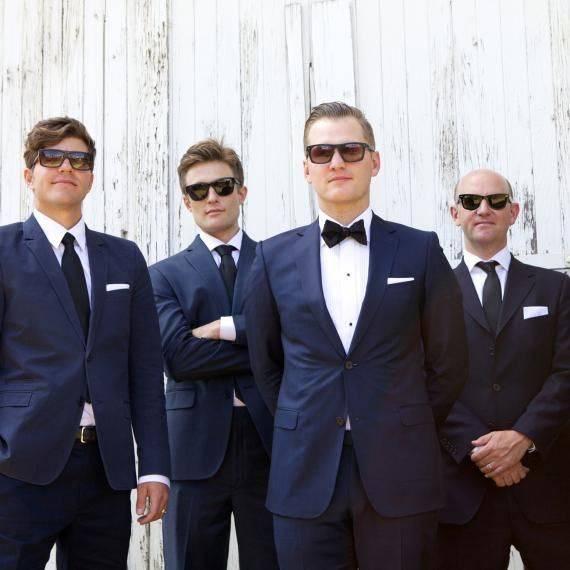emily-brett-wedding-groomsmen-0414_sq