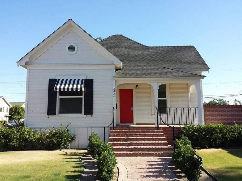 20th Street Cottage