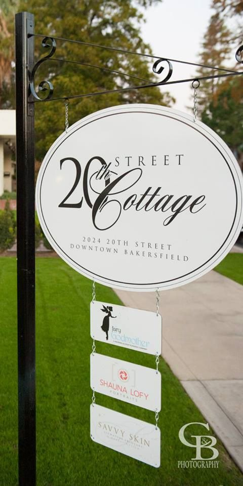 20th Street Cottage Original Sign