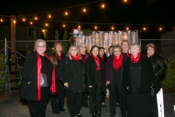 20th Street Cottage Christmas Open House Bakersfield Blend Chorus