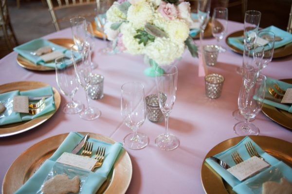 Rentals by Walker Lewis, Florals by House of Flowers, Photographed by Shelli Renee Photography.